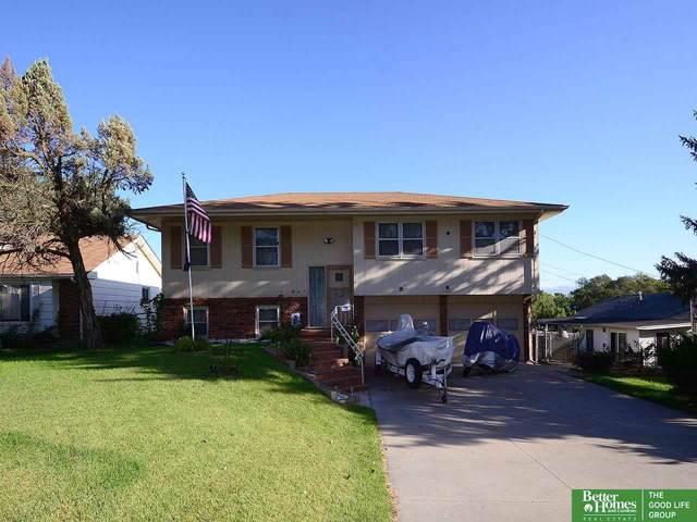 5424 Hascall Street, Omaha, NE 68106 (MLS #21921669) :: The Briley Team