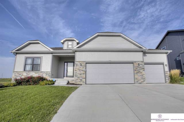 11716 S 111 Street, Papillion, NE 68046 (MLS #21921718) :: Cindy Andrew Group