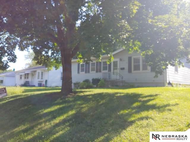 3011 S 39 Street, Omaha, NE 68105 (MLS #21921726) :: Capital City Realty Group