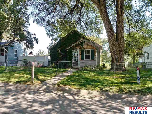 5455 S 48th Avenue, Omaha, NE 68117 (MLS #21921773) :: Complete Real Estate Group