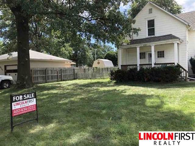 6633 Leighton Avenue, Lincoln, NE 68507 (MLS #21921866) :: Dodge County Realty Group