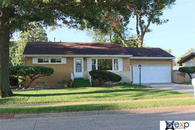 1351 E 20th Street, Fremont, NE 68025 (MLS #21922045) :: Omaha's Elite Real Estate Group