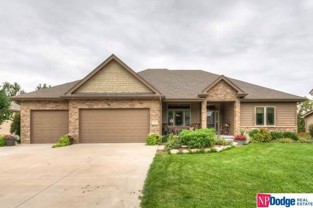 1317 S 195th Street, Omaha, NE 68130 (MLS #21922120) :: Nebraska Home Sales