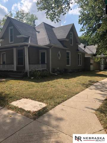 1701 S 16Th Street, Lincoln, NE 68502 (MLS #21922124) :: One80 Group/Berkshire Hathaway HomeServices Ambassador Real Estate