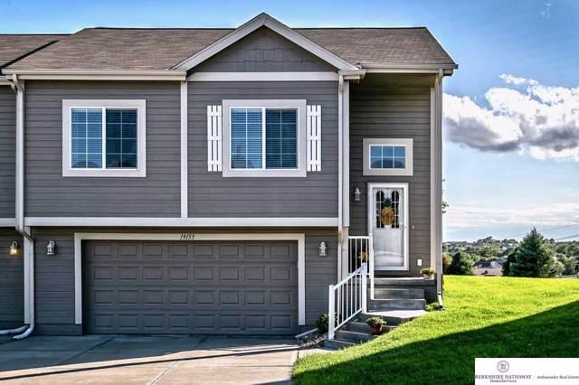 19155 Drexel Circle, Omaha, NE 68135 (MLS #21922140) :: One80 Group/Berkshire Hathaway HomeServices Ambassador Real Estate