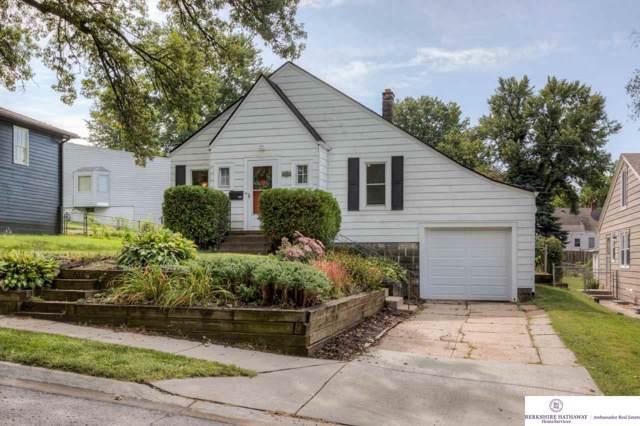 6157 Walnut Street, Omaha, NE 68106 (MLS #21922143) :: Capital City Realty Group