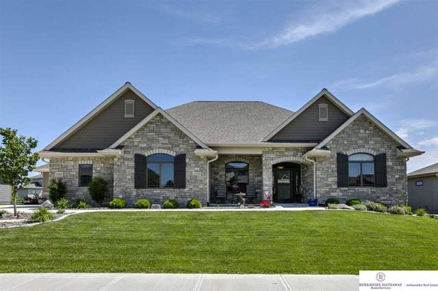 11417 S 122 Street, Papillion, NE 68046 (MLS #21922144) :: Five Doors Network