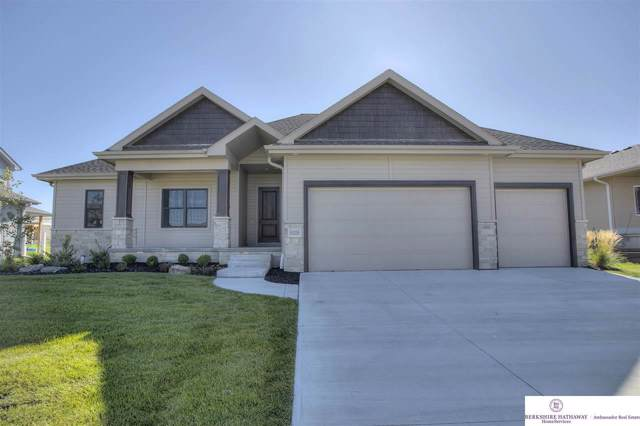 10205 S 106 Street, Papillion, NE 68046 (MLS #21922158) :: Five Doors Network