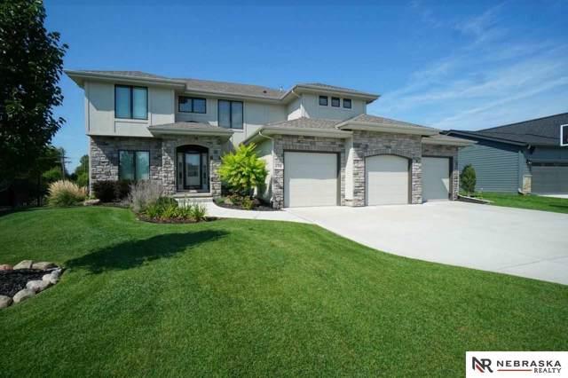 1720 S 221st Street, Omaha, NE 68022 (MLS #21922159) :: Nebraska Home Sales