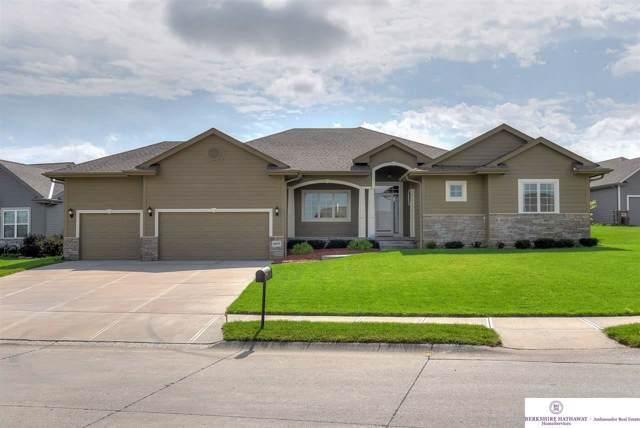 16075 Girard Circle, Omaha, NE 68007 (MLS #21922183) :: Nebraska Home Sales