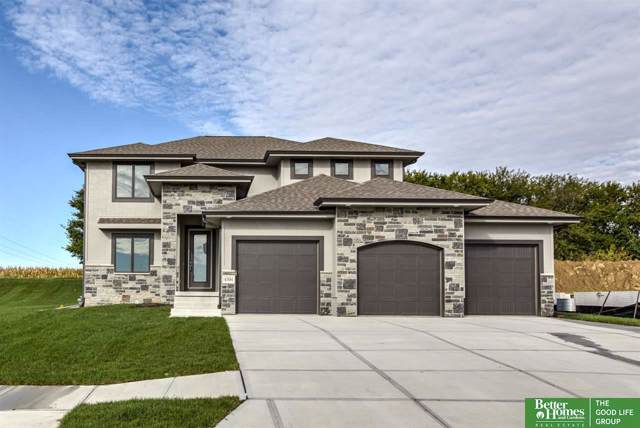 4504 N 189th Street, Elkhorn, NE 68022 (MLS #21922215) :: The Briley Team