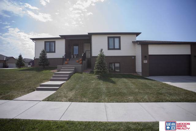 2961 Valley Stream Drive, Lincoln, NE 68516 (MLS #21922216) :: Capital City Realty Group