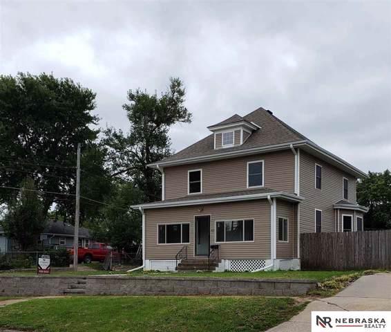 2615 E Street, Omaha, NE 68107 (MLS #21922228) :: Nebraska Home Sales