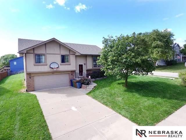 10802 S 19th Street, Bellevue, NE 68123 (MLS #21922275) :: Nebraska Home Sales