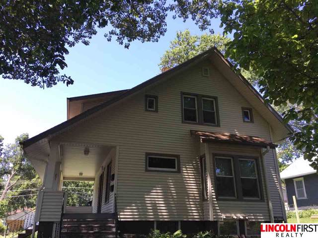 837 S 32nd Street, Lincoln, NE 68510 (MLS #21922636) :: Complete Real Estate Group