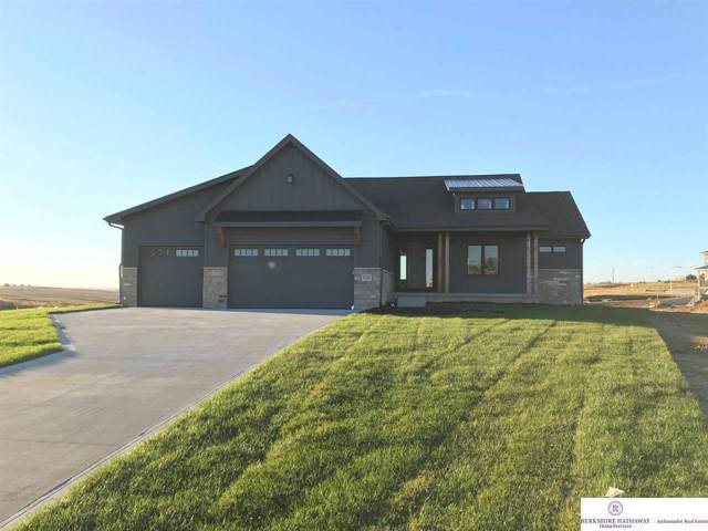 610 N 11 Circle, Springfield, NE 68059 (MLS #21922651) :: The Briley Team