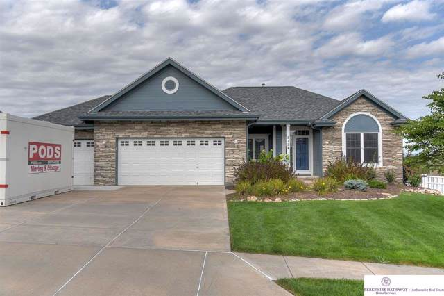 2124 Park Crest Drive, Papillion, NE 68133 (MLS #21922682) :: Omaha's Elite Real Estate Group