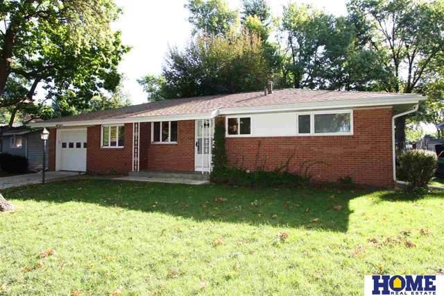 1930 E Manor Drive, Lincoln, NE 68506 (MLS #21922751) :: Omaha's Elite Real Estate Group