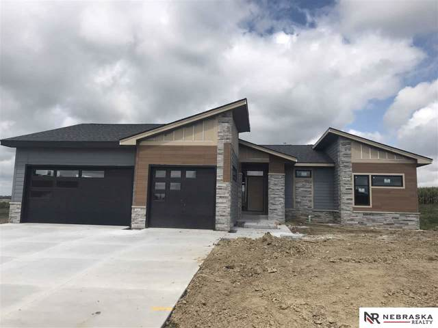720 N 10th Avenue, Springfield, NE 68059 (MLS #21922855) :: The Briley Team