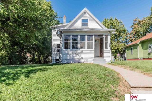 1704 S 25 Avenue, Omaha, NE 68105 (MLS #21923056) :: Dodge County Realty Group