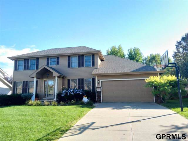 15127 Newport Avenue, Omaha, NE 68116 (MLS #21923202) :: Omaha's Elite Real Estate Group