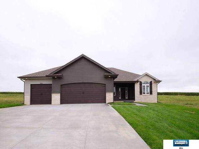 645 N 11 Circle, Springfield, NE 68059 (MLS #21923282) :: Omaha Real Estate Group