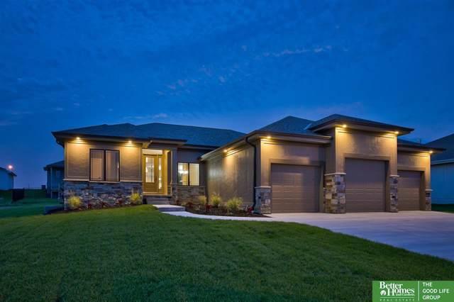 18206 Camelback Avenue, Omaha, NE 68022 (MLS #21923382) :: Nebraska Home Sales