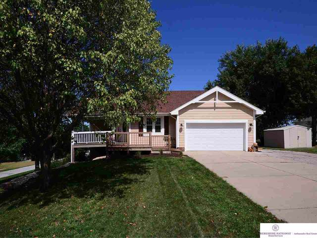 1306 Beaver Lake Boulevard, Plattsmouth, NE 68048 (MLS #21923416) :: Capital City Realty Group