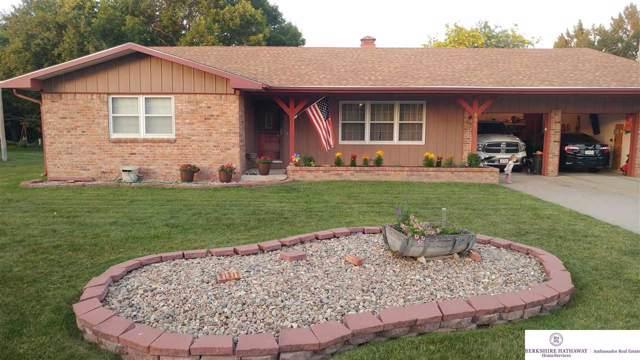 306 N Shore Drive, Hastings, NE 68901 (MLS #21923631) :: Omaha's Elite Real Estate Group
