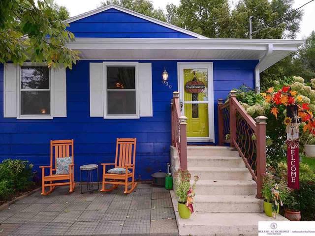 909 Filmore Street, Council Bluffs, IA 51503 (MLS #21923644) :: Five Doors Network
