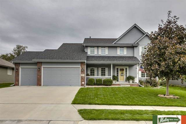 126 S 200 Street, Omaha, NE 68022 (MLS #21923819) :: Omaha's Elite Real Estate Group