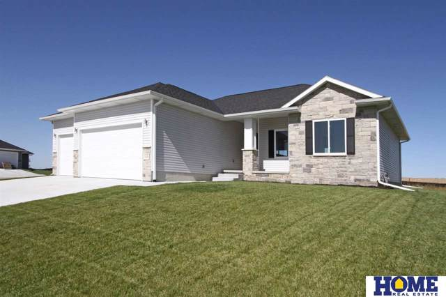 1426 E 9th Street, Hickman, NE 68372 (MLS #21923871) :: Lincoln Select Real Estate Group