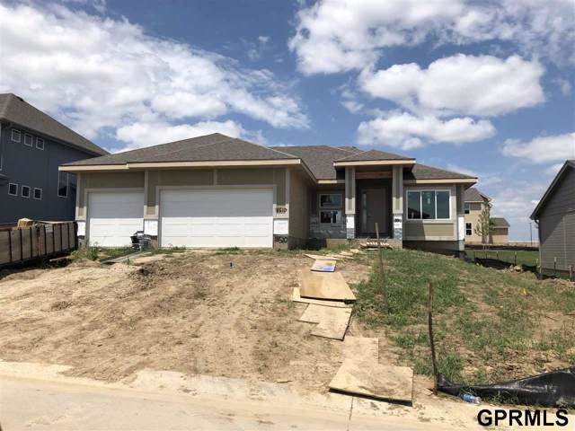 18412 Hampton Drive, Omaha, NE 68136 (MLS #21923906) :: Capital City Realty Group