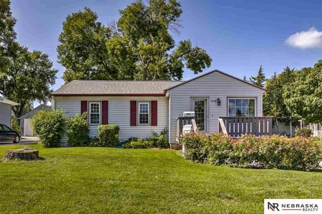 406 S Harrison Street, Papillion, NE 68046 (MLS #21923958) :: Capital City Realty Group