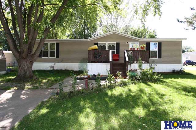3800 NW Darkwood Court, Lincoln, NE 68521 (MLS #21923976) :: Omaha Real Estate Group