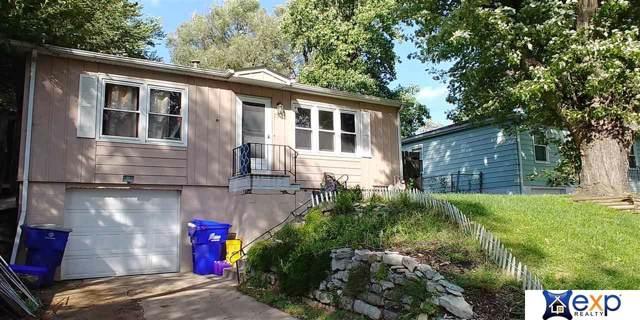 7356 S 72 Avenue, La Vista, NE 68128 (MLS #21923989) :: Omaha's Elite Real Estate Group