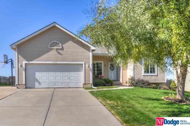 1710 Walnut Creek Drive, Papillion, NE 68046 (MLS #21923997) :: Dodge County Realty Group