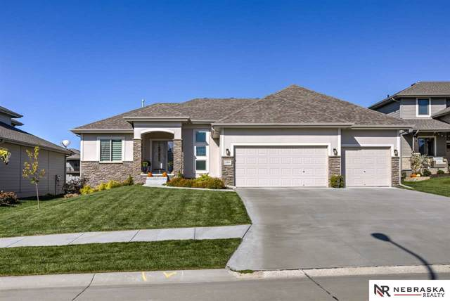 18964 Spaulding Circle, Omaha, NE 68022 (MLS #21924179) :: Omaha's Elite Real Estate Group