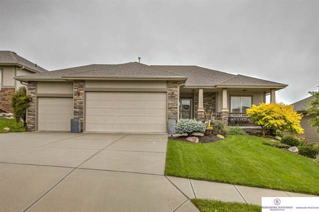 18232 Dewey Avenue, Omaha, NE 68022 (MLS #21924231) :: The Briley Team