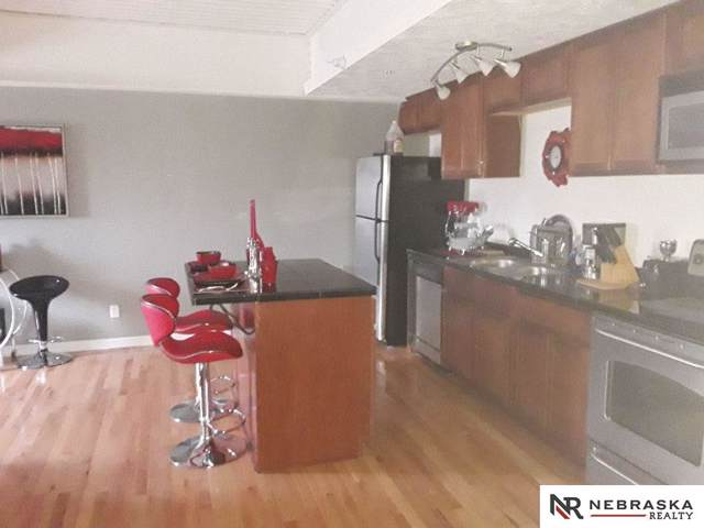 105 N 31st Avenue #302, Omaha, NE 68131 (MLS #21924353) :: Nebraska Home Sales