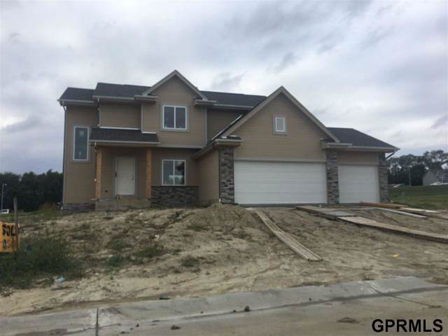 7810 S 197 Street, Gretna, NE 68028 (MLS #21924447) :: The Briley Team