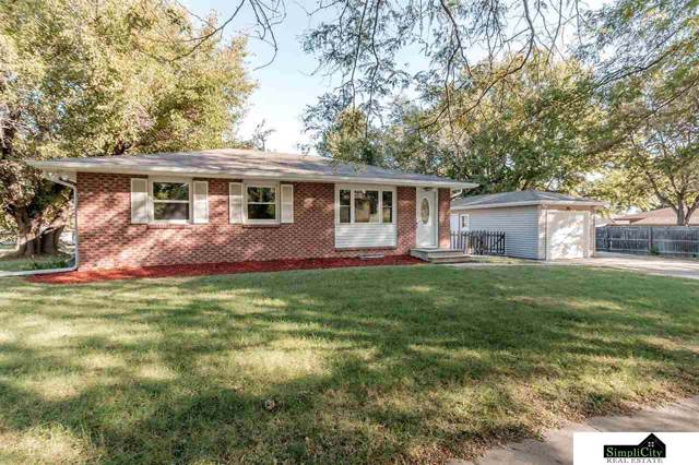 810 W S Street, Lincoln, NE 68528 (MLS #21924467) :: Omaha's Elite Real Estate Group