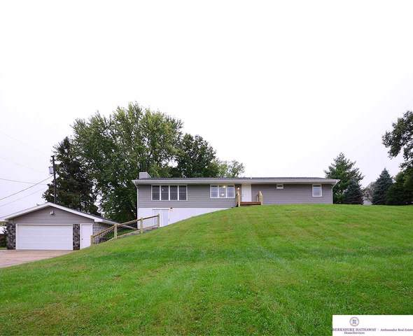 22403 Three Bridge Road, Council Bluffs, IA 51503 (MLS #21924533) :: Five Doors Network