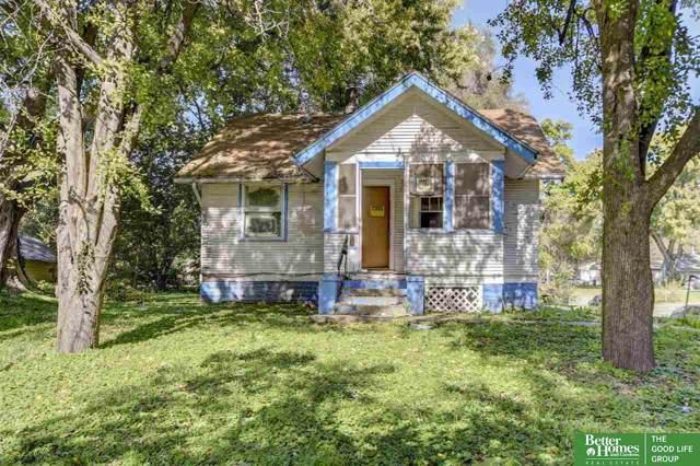 3802 Paxton Boulevard, Omaha, NE 68111 (MLS #21924569) :: Lincoln Select Real Estate Group