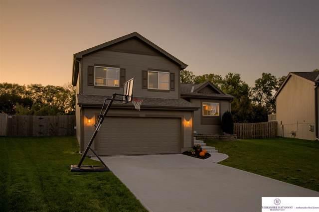 19626 R Street, Omaha, NE 68135 (MLS #21924572) :: Omaha's Elite Real Estate Group