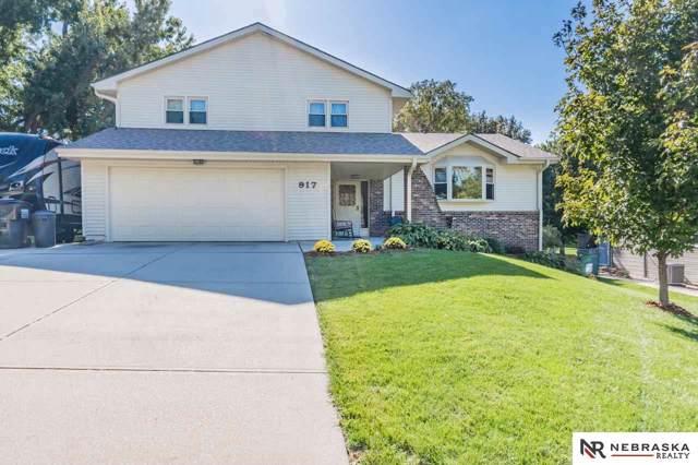 917 Crest Road, Papillion, NE 68046 (MLS #21924675) :: Omaha's Elite Real Estate Group