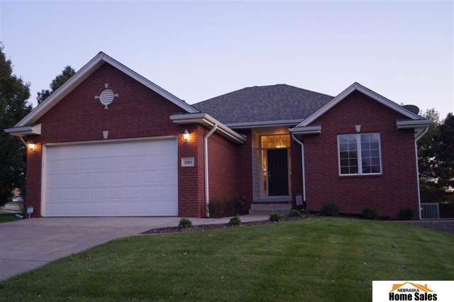 3765 Savannah Circle, Lincoln, NE 68516 (MLS #21924682) :: Omaha's Elite Real Estate Group