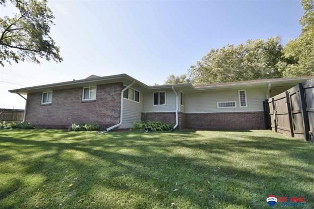 5911 Margo Dr Drive, Lincoln, NE 68510 (MLS #21924702) :: Omaha's Elite Real Estate Group