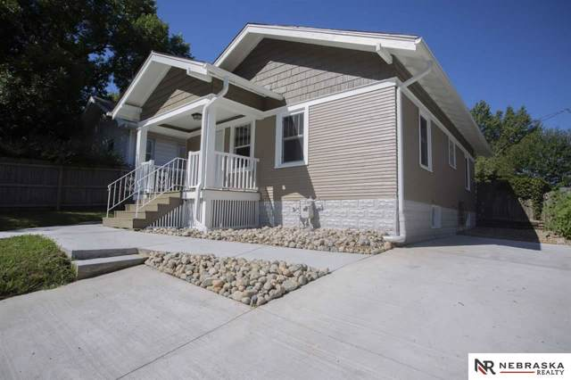 531 S 40Th Street, Lincoln, NE 68510 (MLS #21924707) :: Lincoln Select Real Estate Group