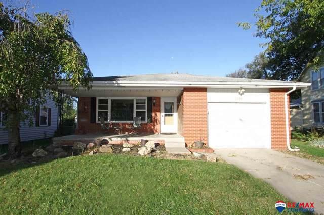 2939 N 44 Street, Lincoln, NE 68504 (MLS #21924735) :: Five Doors Network